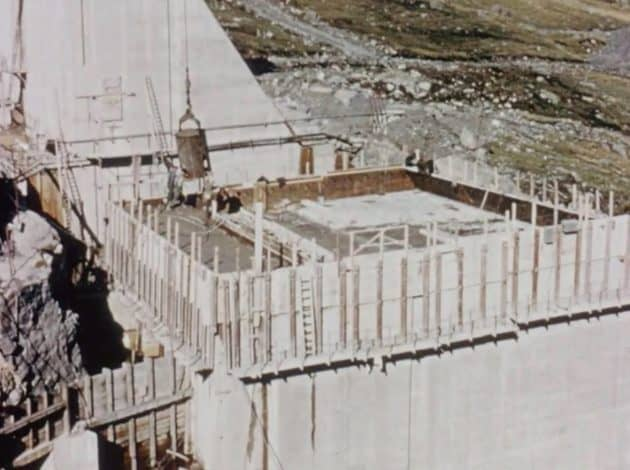 Construction of Spelga Dam 3